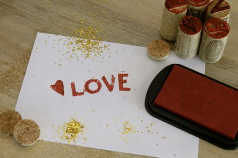 12-diy-wine-cork-stamps